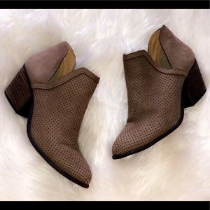 STEVE MADDEN Perforated Suede Leather Booties